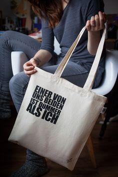 EINER VON UNS BEIDEN IST … - Beutel / Tasche von The Essence of HASS auf DaWanda.com