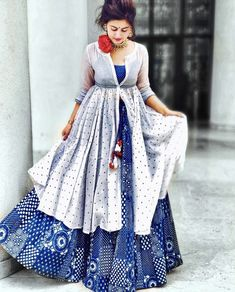 Lehenga Designs, Kurta Designs, Blouse Designs, African Traditional Dresses, Traditional Outfits, Indian Attire, Indian Outfits, Indian Wear, Indian Gowns Dresses
