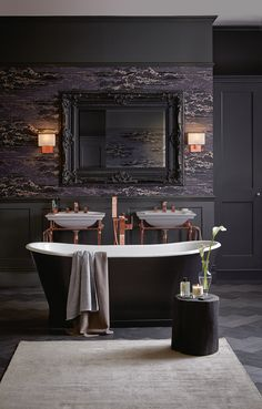 Heritage Bathrooms Madeira freestanding bath with Blenheim basins and Abingdon washstands - Accessories can help create the ultimate deluxe boudoir bathroom. Adding luxe details such as an ornate mirror can make a statement. Have a look at our range of mirrors to reflect on your bathroom design.