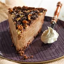 Mississippi Mud Ice Cream Pie from Smucker's® Ice Cream Pies, Ice Cream Desserts, Frozen Desserts, Frozen Treats, Great Desserts, Delicious Desserts, Dessert Recipes, Yummy Food, Milk Recipes