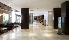 Hotel HUSA Paseo del Arte, lobby. allende arquitectos. Madrid 2004