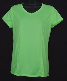 Danskin NOW Shirt Size M 8 10 Neon Green Short Slv V Neck Semi Fitted Athletic  - This semi-fitted lightweight v-neck short sleeve athletic top  would be perfect for fitness, yoga, or zumba.