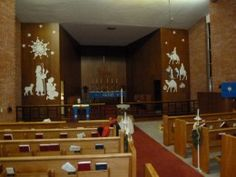 Decorating the Altar for Advent and Christmas - A New Approach