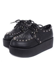 Black Studded Flatform Lace-Up Creepers Dr Shoes, Goth Shoes, Shoes Heels Boots, Rum, Kinds Of Shoes, Black Platform, Stylish Girl, Platform Sneakers, Beautiful Shoes