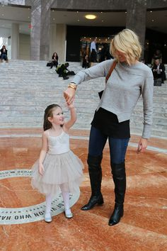 Little girl princess outfit - this princess date is the perfect thing for a mommy-daughter day! Click through for a winter outfit idea for mommy and more on this adorable little princess in NYC!