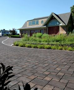 Unilock - Unilock Permeable Driveway with Thornbury Paver Permeable Driveway, Driveway Landscaping, Driveway Ideas, Driveways, Driveway Design, Photo Projects, Pathways, Curb Appeal, Front Porch
