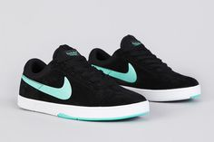 Style'n... #Nike Sb Eric Koston Black / Crystal Mint. Love these!