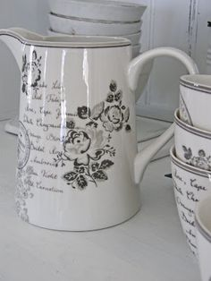 French white pottery |Pinned from PinTo for iPad|