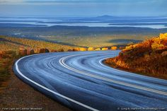 Road to the summit of Cadillac Mountain, Maine. First mountain in the continental US to see the sunrise October-March. Acadia National Park, Us National Parks, Moving To Maine, Bar Harbor Maine, Visit Maine, Mount Desert Island, Best Places To Camp, On The Road Again, Vacation Trips
