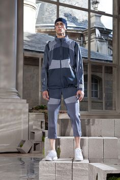 White Mountaineering, Look #2