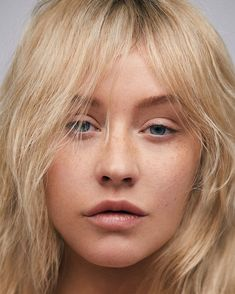 Christina Aguilera stars on the cover of 'Paper' wearing minimal makeup while rocking Fendi, Burberry, and more. Check it out here.