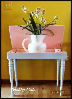 Shabby Gals: Piano Bench