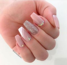 French Manicure Acrylic Nails, Marble Acrylic Nails, Coffin Nails Ombre, Fall Acrylic Nails, Edgy Nails, Trendy Nails, Precious Nails, Cute Acrylic Nail Designs, Manicure E Pedicure