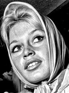 Lee Jeffries, Brigitte Bardot, Bb, Mirror, Portrait, Men Portrait, Paintings, Portraits, Mirrors