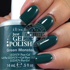 nails.quenalbertini: ibd Just Gel Polish - Green Monster