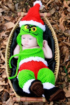 this listing is to purchase a digital crochet pattern to make this adorable Christmas crochet set for baby. two sizes included in crochet pattern instructions and instructions included are to make both sizes hats body suits legwarmers with attached santa Grinch Baby, Holiday Crochet, Crochet Bebe, Crochet For Kids, Crochet Baby Costumes, Crochet Baby Clothes, Crochet Outfits, Crochet Baby Cocoon, Newborn Crochet