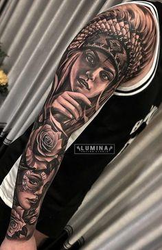 50 Tatuagens de Braço Fechado masculino para se inspirar - TopTatuagens Indian Women Tattoo, Native Indian Tattoos, Indian Girl Tattoos, Indian Skull Tattoos, Indian Tattoo Design, Chicano Tattoos Sleeve, Full Sleeve Tattoos, Tattoo Sleeve Designs, Forearm Tattoos