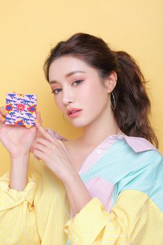 The eye-catching dark rose color looks like the bright afternoon sun. - New Site Korean Makeup Look, Asian Makeup, Korean Beauty, Korean Make Up, Cute Korean, Korean Style, 3ce Makeup, Skin Color Palette, Whats In My Makeup Bag