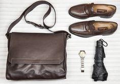 Bolsa masculina / Pasta carteiro  Prática e funcional feita em couro