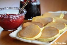 Kjempegode lapper som er raske å lage og helt uten fett! Pretzel Bites, Diy Food, Sweet Tooth, Pancakes, French Toast, Snack Recipes, Food And Drink, Chips, Pudding