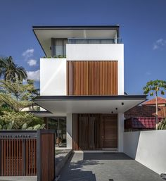 Sunny Side House / Wallflower Architecture + Design - Singapore