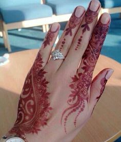 Exceptional style henna