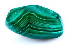 Découvrez les propriétés et vertus de la malachite, une pierre verte superbe aux motifs quasi hypnotiques... L'article sur : http://www.lithotherapie.net/articles/malachite/