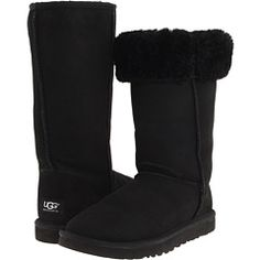 546692d6b71d Tall classic black uggs condition outside only flaw is that there is slight  creasing but not noticeable because they re black. inside the fur is like  new ...