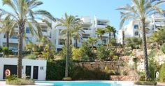Apartment for Sale in Alhaurin Golf, Costa del Sol - Beautiful first floor apartment for sale overlooking the golf course.