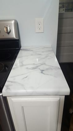 Our Formica Calacutta Marble high gloss countertops Diy Kitchen Remodel, Kitchen Upgrades, Kitchen Redo, New Kitchen, Kitchen Sinks, Kitchen Renovations, Kitchen Items, Country Kitchen, Kitchen Island