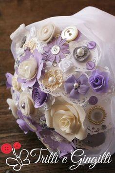 Bouquet lilla, avorio e bianco (info@trilliegingilli.com) Bouquet alternativi, originali, particolari by Trilli e Gingilli