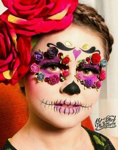 with my beautiful daughter with amazing makeup by ❤️💀 Halloween Looks, Halloween Face Makeup, Halloween Costumes, Maquillaje Sugar Skull, Catrina Costume, Helloween Party, Sugar Skull Makeup, Sugar Skulls, Fantasias Halloween