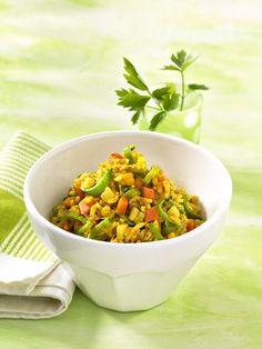 Milder Gemüse-Reis   Dieses vegetarische Gericht wirkt milchbildend. Vollkornreis liefert viele Ballast- und Mineralstoffe.