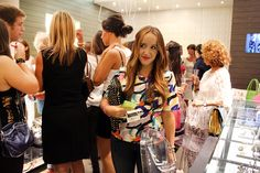 http://www.thefashionextreme.com/2014/09/24/shopping-gauean-2014/