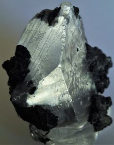 Gypsum with associated Tennantite, Tsumeb, Namibia Gypse, Rocks And Minerals, Fossils, Amethyst, Artwork, Beautiful, Stones, Earth, Nature