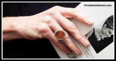 Create a DIY Penny Ring with this simple DIY tutorial, complete with instructions and photos. Use a penny with a date that's important to you. Home Decor Colors, Colorful Decor, Diy Home Decor, Ring Tutorial, Diy Jewelry, Zipper Jewelry, Jewelry Box, Jewlery, Buttons