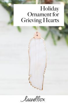 The holidays are hard when you are grieving. This mother of pearl hand carved feather holiday ornament is a thoughtful way to remember your loved one and honor them. It can be personalized with the initial of your loved one! Handmade Ornaments, Holiday Ornaments, Holiday Gifts, Ball Ornaments, Memorial Ornaments, Memorial Gifts, Memorial Ideas, Grieving Friend, Grieving Mother