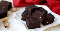 In a sea of holiday cookies and candies, this recipe is an easy and shockingly healthy alternative.