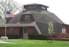 Geodesic dome Home this is an awesome looking house