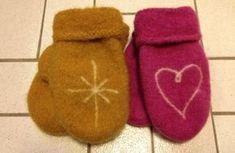 Tovede votter; Sandnes garn patroon Slippers, Knitting, Threading, Sneakers, Tricot, Slipper, Stricken, Knitwear, Crocheting