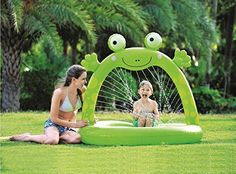 Felices Pascuas Collection 51 inch Green Inflatable Spotted Happy Frog Children's Spray Pool