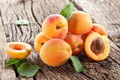 Want to know than apricot are good for your health? ★ Learn about the benefits of apricot, what are side effects for the body and nutrition values. Apricot Fruit, Apricot Tree, Apricot Seeds, Apricot Oil, Raspberry Fruit, Peach Fruit, Vitamin B17, Fruit Trees For Sale, Foods For Bloating