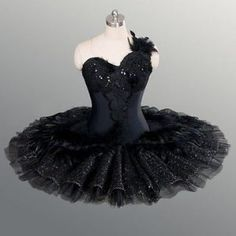 "This unique tutu is created for the role of Odile, the Black Swan, in ""Swan Lake"". The rich sparkling decoration and the ""swan-like"" pattern on the skirt make this tutu the perfect tool for competitions or professional performances. Tutu Ballet, Ballerina Costume, Ballet Costumes, Ballet Dance, Baby Costumes, The Black Swan, Tutu Bailarina, Black Swan Costume, Swan Lake Ballet"
