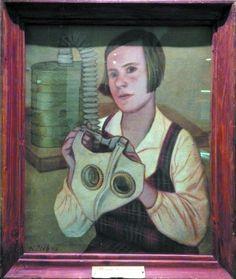 «Девушка с противогазом» художника К. Редько — тоже привет из советского прошлого