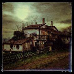 Hillbillies House #urbex #saarland #lostplace #house   Flickr - Fotosharing!