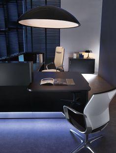 Black Linea reception desk