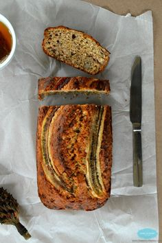 Healthy Banana Bread made with cinnamon and infused organic loose tea leaves. Low fate banan bread. Low sugar banana bread. www.sweetashoney.co.nz