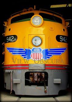 City of Los Angeles Union Pacific Diesel Locomotive Orange Empire Railway Museum CA Ho Trains, Model Trains, Heritage Train, Dazzle Camouflage, Transportation Technology, Rail Train, Union Pacific Railroad, Covered Wagon, Train Pictures