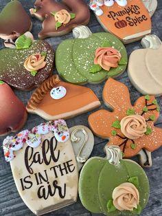 Fall Decorated Cookies, Fall Cookies, Sugar Cookie Royal Icing, Iced Sugar Cookies, Christmas Cookie Exchange, Christmas Cookies, Pumpkin Decorating, Cookie Decorating, Cookie Designs