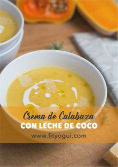 Crema de calabaza y leche de coco con un toque de nuez moscada y queso parmesano.